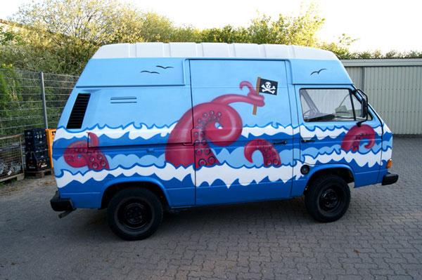 Graffiti VW Bus