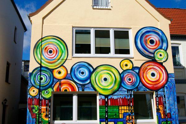 Graffiti Auftrag – Hundertwasser Haus Flensburg