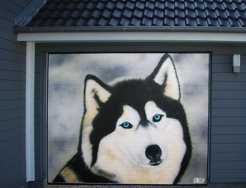 Graffiti Garagentor Schleswig - Husky