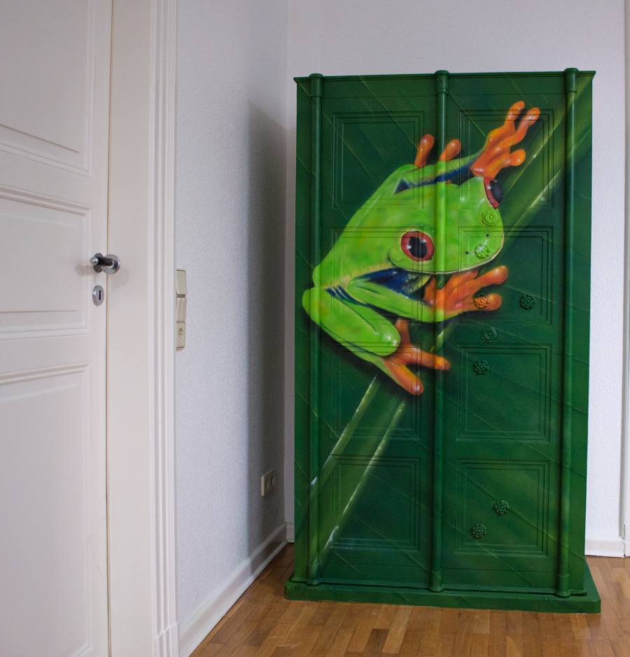 Custom Painting - Airbrush - Graffiti - Tresor - Rotaugenfrosch