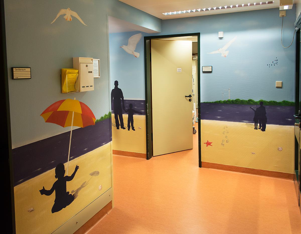 Wandgestaltung im Krankenhaus