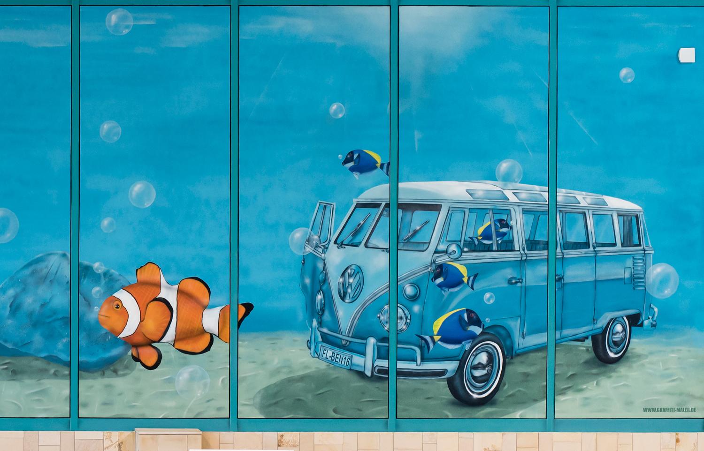 Graffiti Illusionsmalerei im Schwimmbad