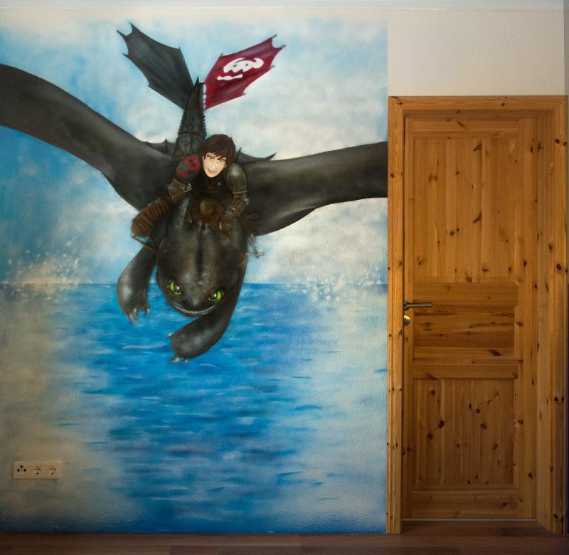 Wandgestaltung mit Drachenbild