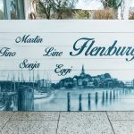 Graffiti Leinwandgestaltung auf Holzplatte