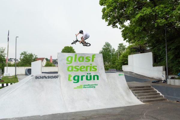 Graffiti Werbebeschriftung für Stadtwerke Flensburg