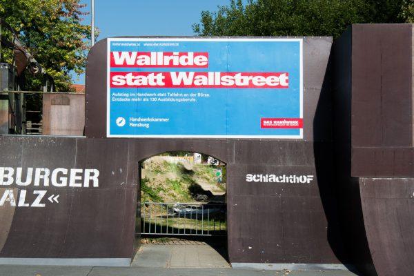 Mit Graffiti werben – Werbebeschriftung für Handwerkskammer Flensburg
