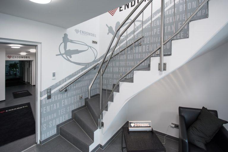 Moderne Wandgestaltung für die Firma Endomobil