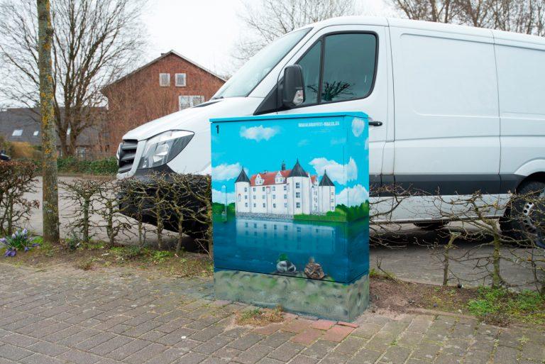 Stromkasten Graffiti – Stromfarben Kunst für Verein Schönes Glücksburg