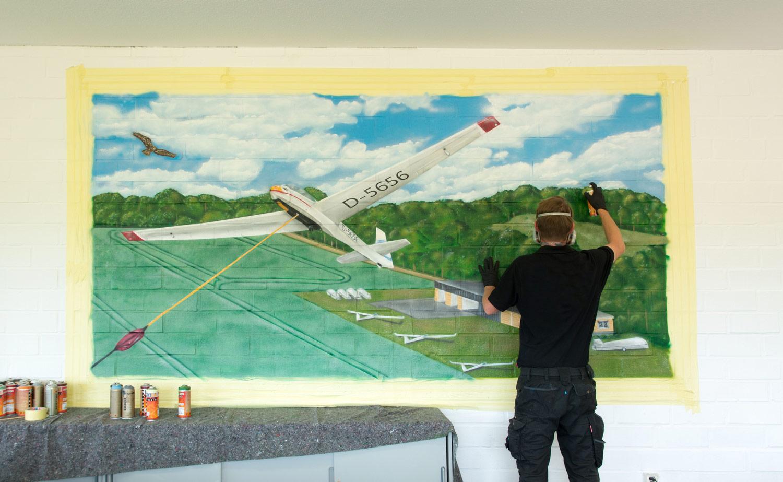 Graffiti Künstler Pinneberg - Künstler bei der Arbeit
