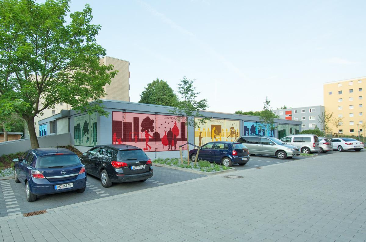 graffiti k nstler kunst am bau fassadengestaltung f r. Black Bedroom Furniture Sets. Home Design Ideas