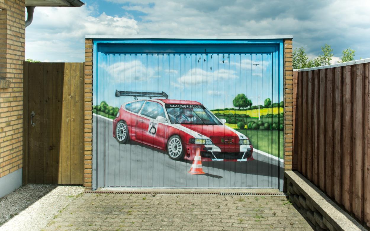Garagentor Graffiti mit Auto Motiv