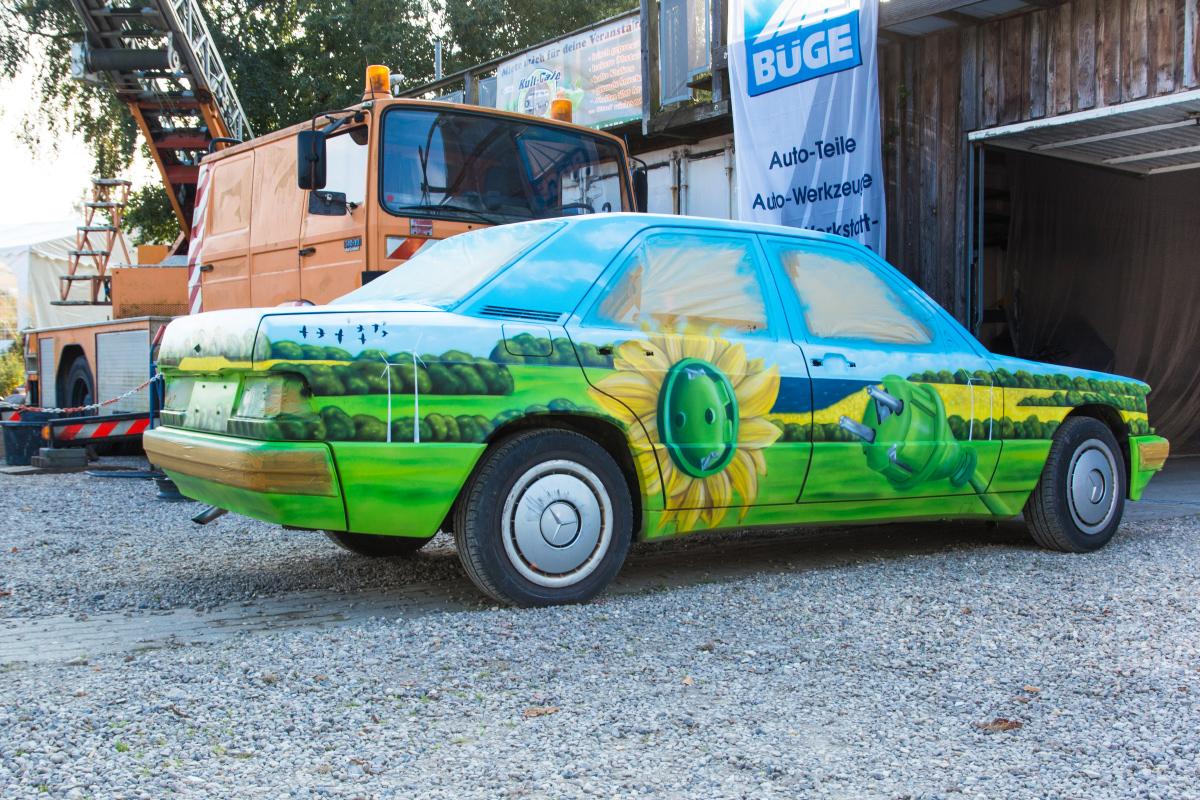 graffiti_kuenstler_auto_kunst_maler_event_mercedes_benz_03