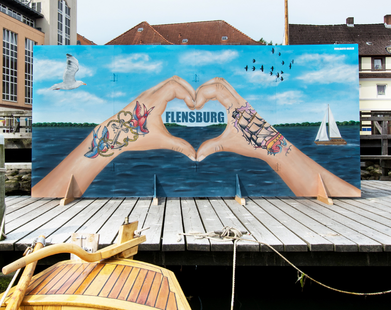 Kunst Flensburg - Graffiti Maler_ Museumshafen Tattoo
